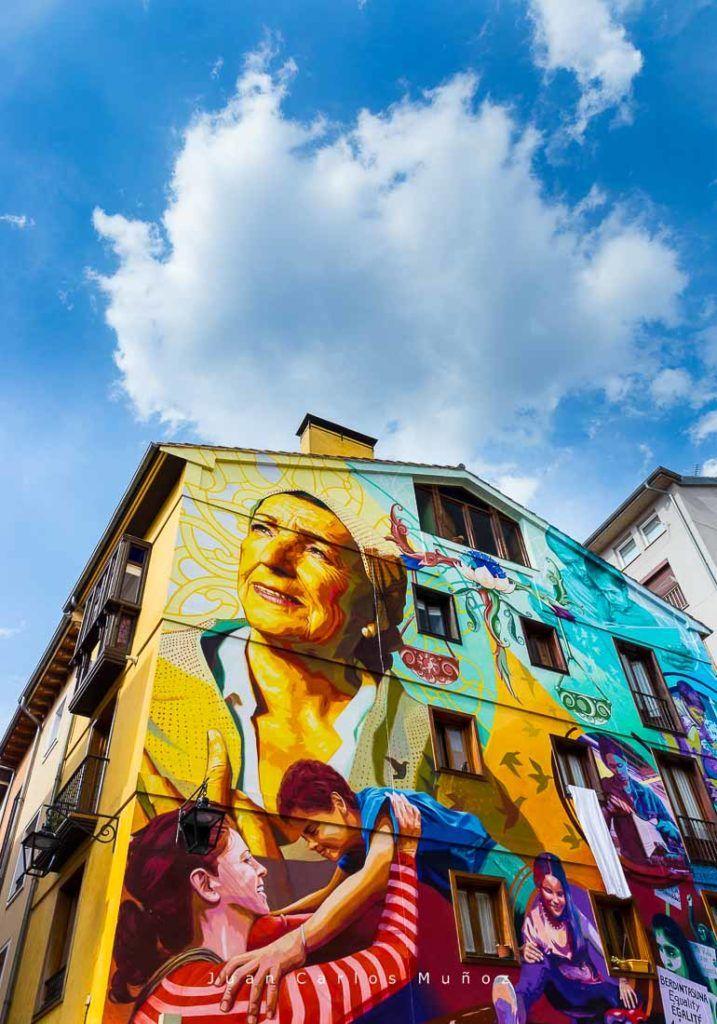 La luz de la esperanza, ruta grafitis en Vitoria