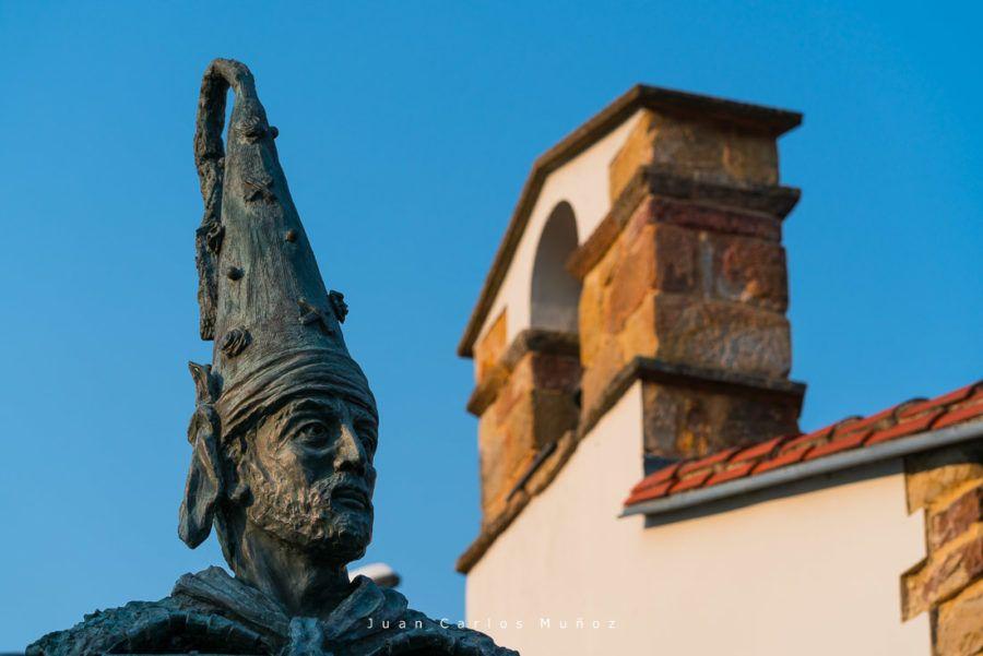 escultura la vijanera, carnaval cantabria