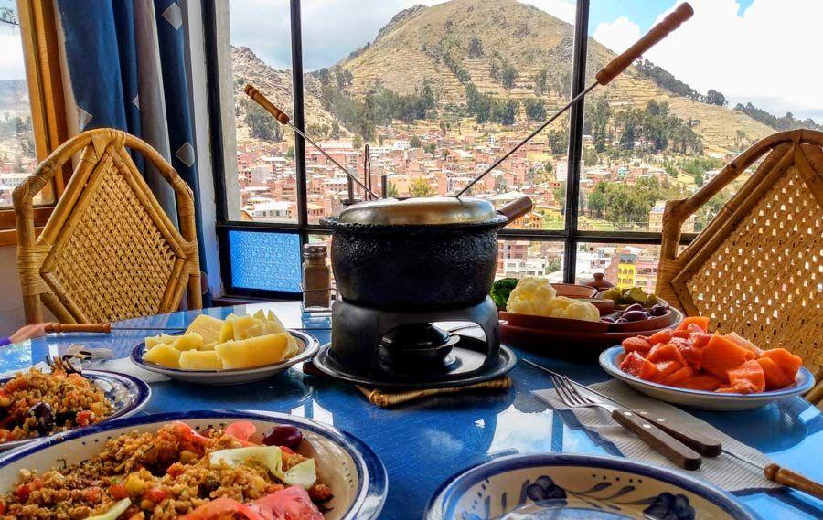 restaurante la cupula en copacabana, viaje titicaca