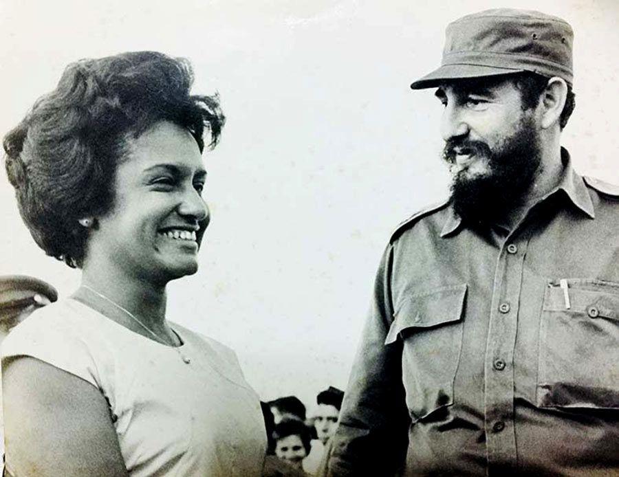 marta rojas, escritora cubana, viajes a cuba, mujeres de cuba, fidel castro