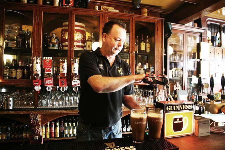 ohn Kavanagh Gravediggers Pub, pubs dublin