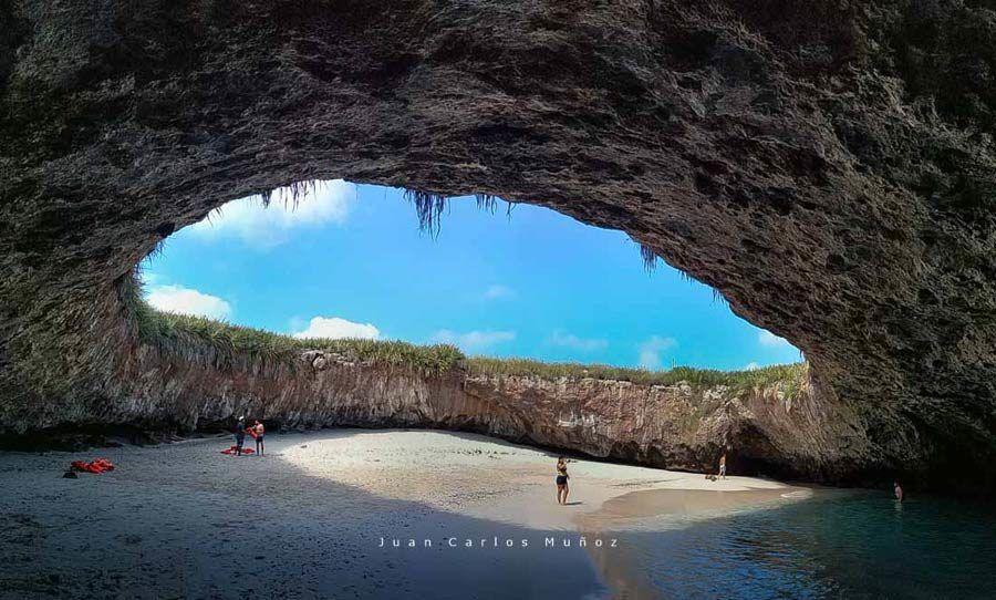 Playa Escondida, Islas Marietas