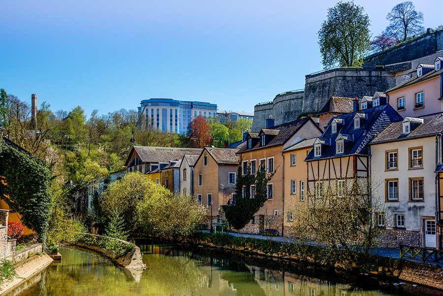 barrio grund, luxemburgo, viaje con mujeres