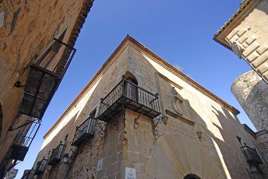 palacio de carvajal, caceres