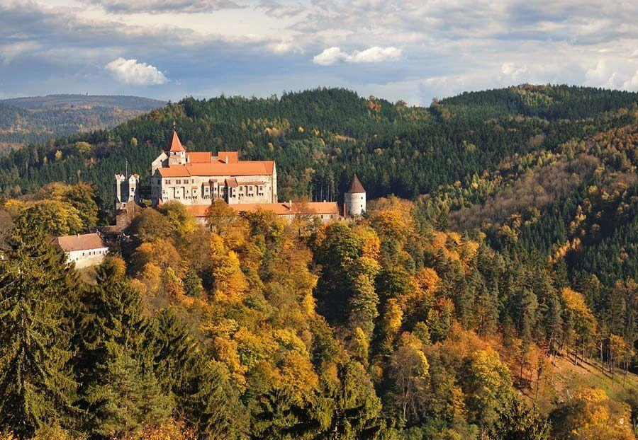 castillo pernstejn, libros y peliculas checas