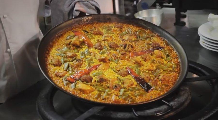 paella valenciana, platos tradicionales espanoles, 7 platos tipicos espana