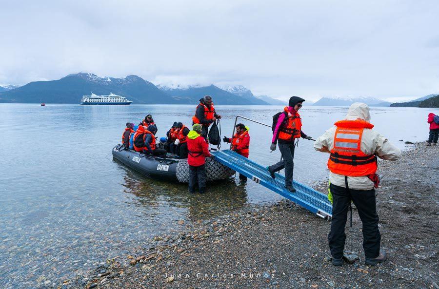 ventus australis, viaje patagonia chilena, crucero chile, crucero mujeres