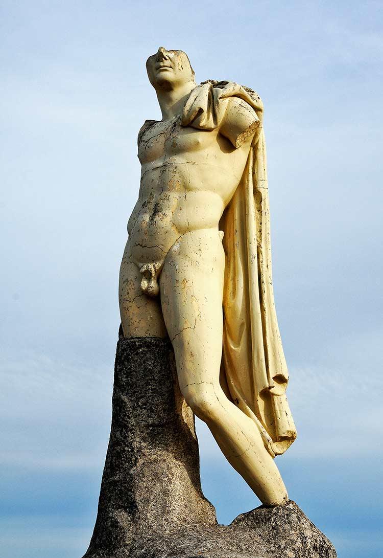 escultura trabajo, italica, excursion sevilla