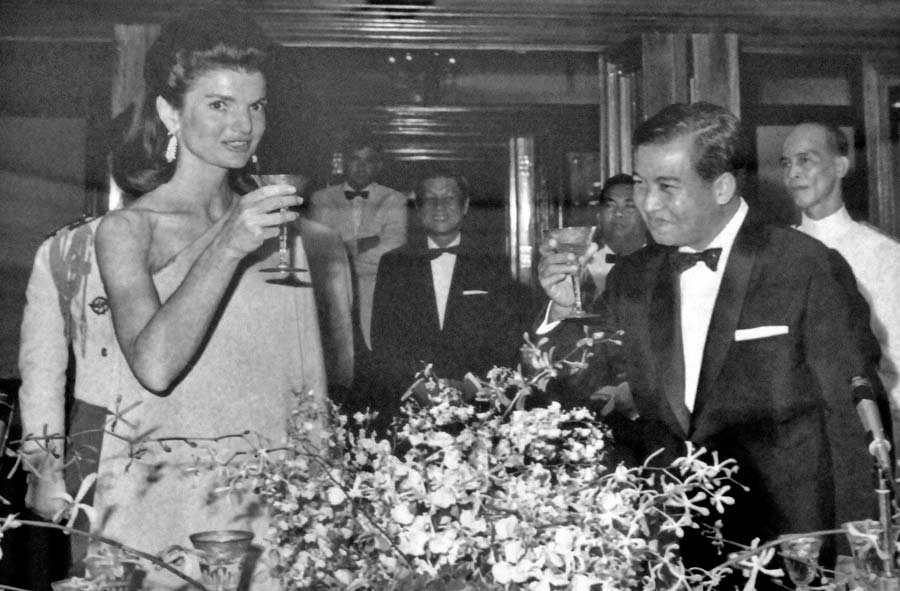 11 Jackie Kennedy y Norodon Sihanouk