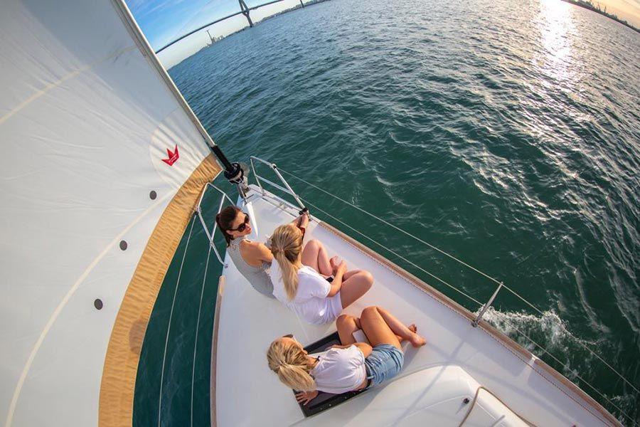 barco cadiz, viaje jerez, amigas en jerez, ruta en barco cadiz