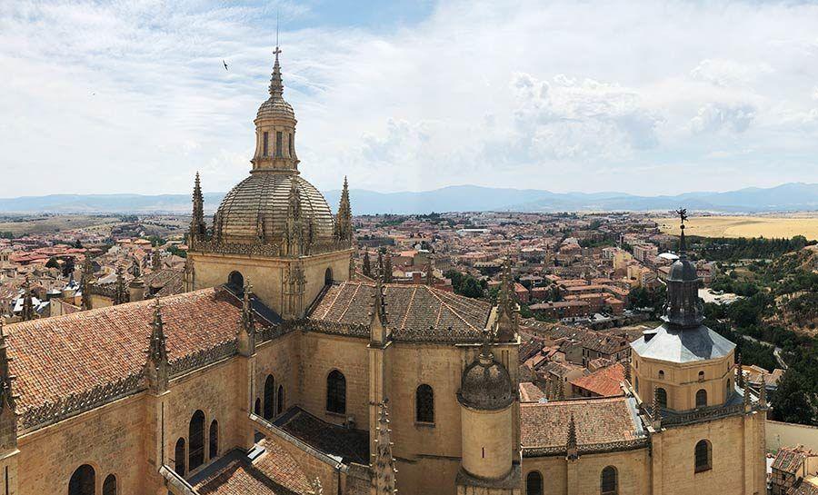 catedral segovia, vuelos en globo, regalos viajeros