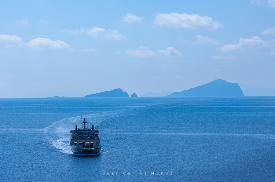 excursion ferry, islas eolias, islas italia, cerca sicilia