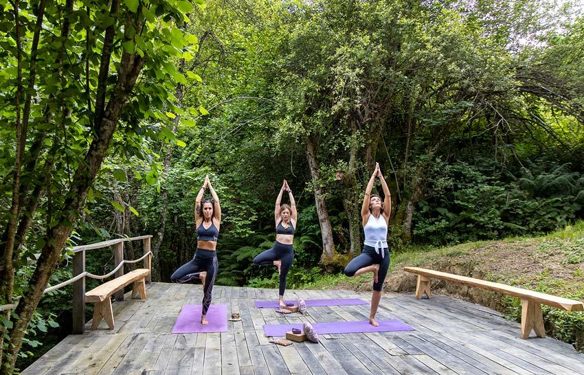 Yoga en el hotel Tierra del Agua