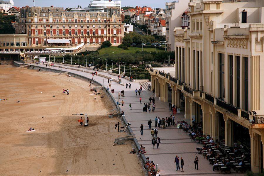 Grande Plage de Biarritz, Casino Barriere, Hotel du Palais