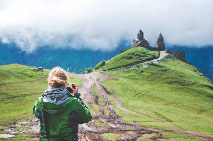 viajar con seguridad, mujeres que viajan solas, viaja sola