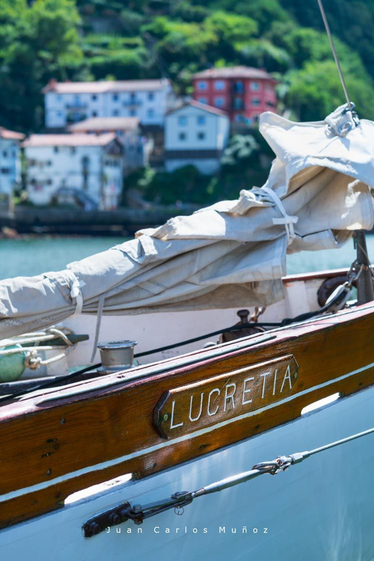 velero lucretia, navegar hondarribia