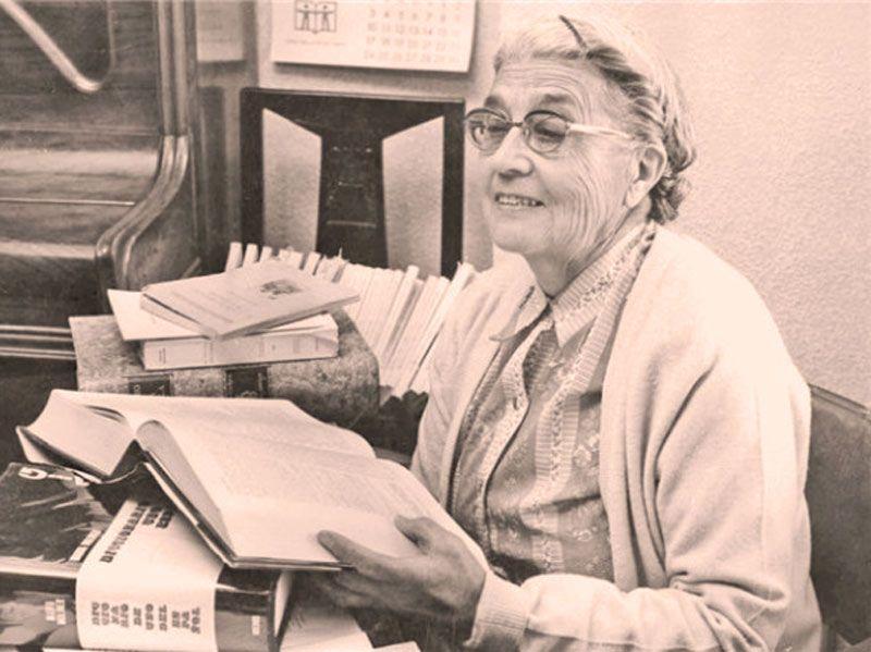 maria moliner, diccionario moliner, escritora siglo xx, rutas literarias espana