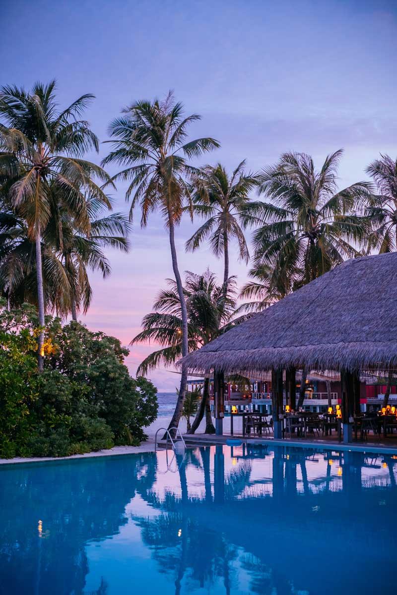 Atardecer en Maldivas desde hotel seaside finolhu.