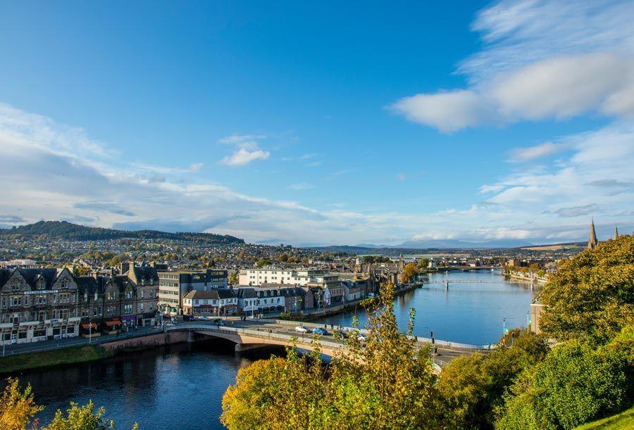 Inverness ciudad de las highlands de escocia