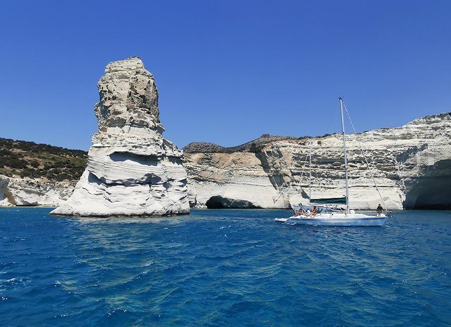 crucero en isla de milos