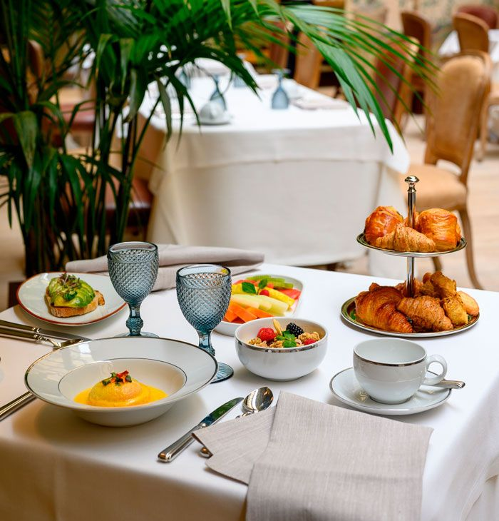 Mesa para disfrutar del brunch en el hotel Urso