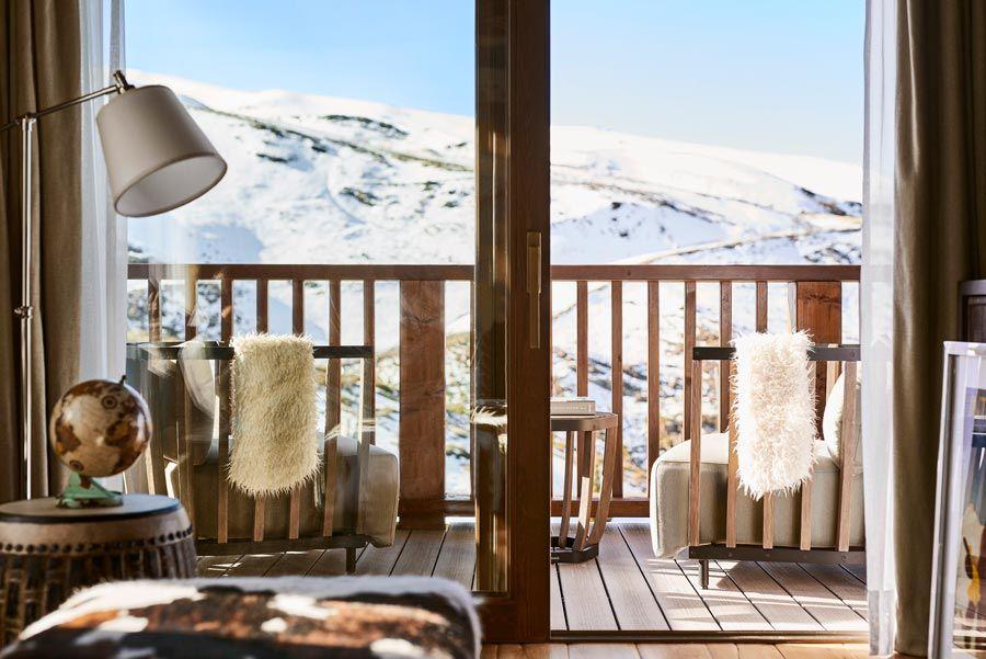 suite de lujo en el lodge hotel de sierra nevada