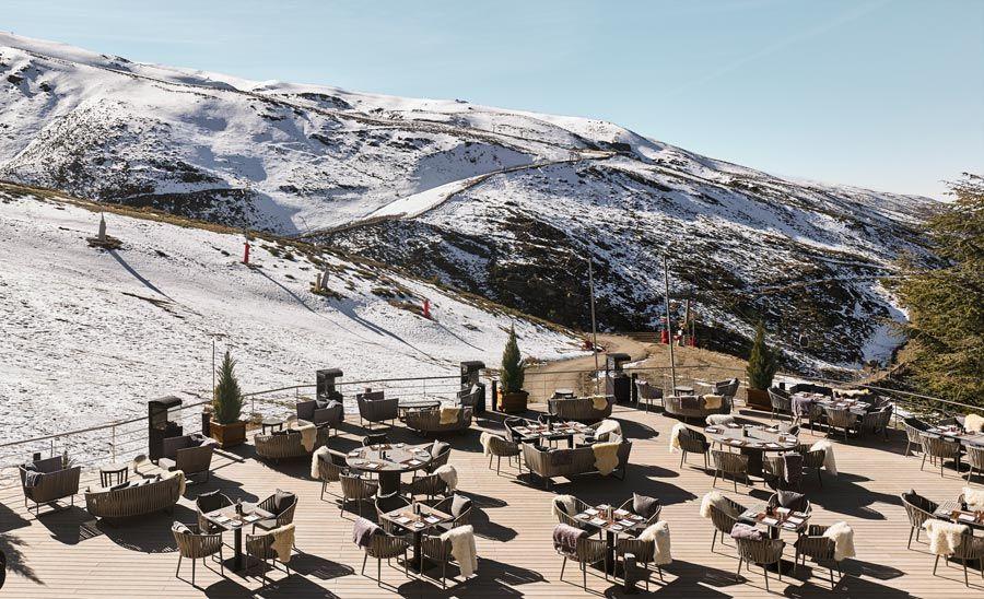 sun deck en hotel de lujo sierra nevada