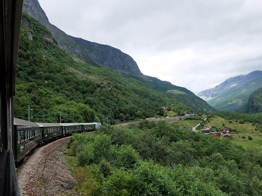 tren de flam en fiordos noruega