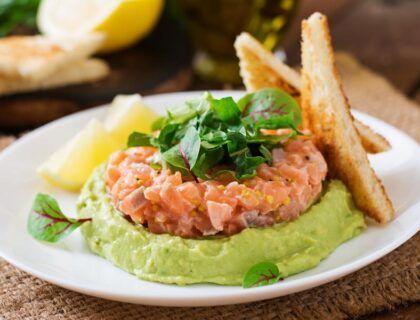 tartar de salmon con aguacate