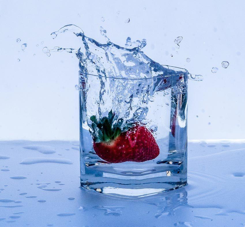 el agua en el ayuno intermitente