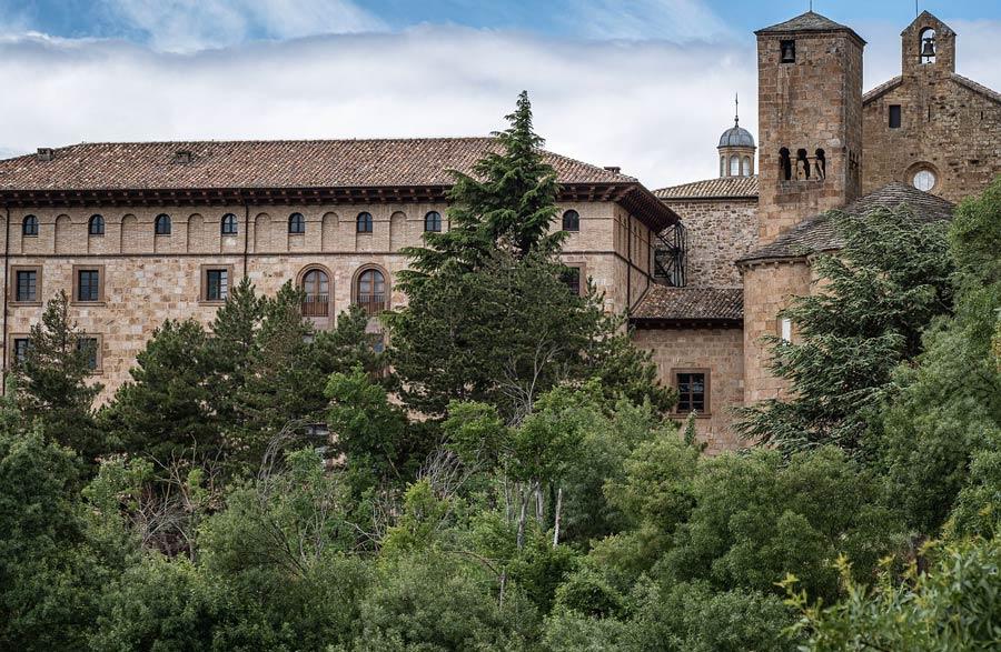 monasterio de leyre camino santiago navarra