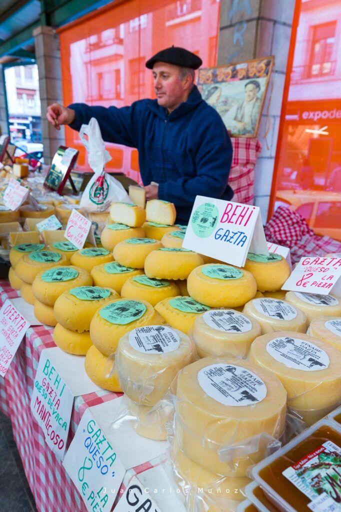 queso en el mercado de gernika