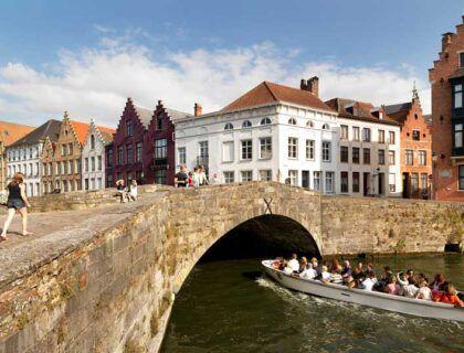 planes en Bruselas y Flandes