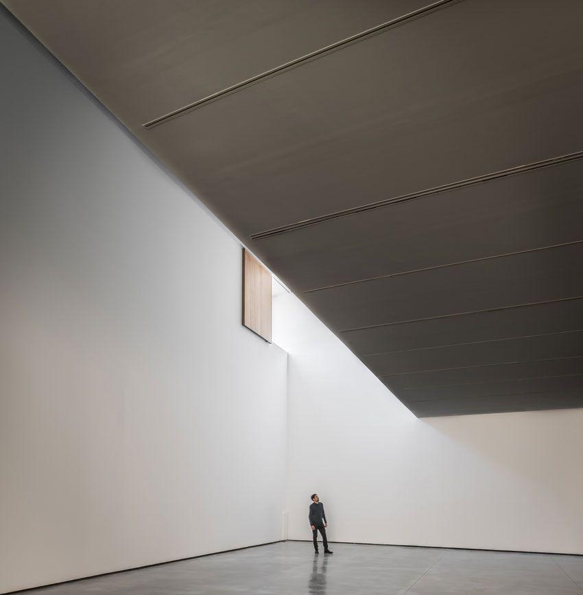Interior del Museo de Arte Contemporaneo de caceres