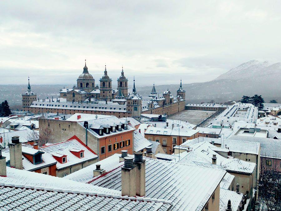 monasterio el escorial nevado