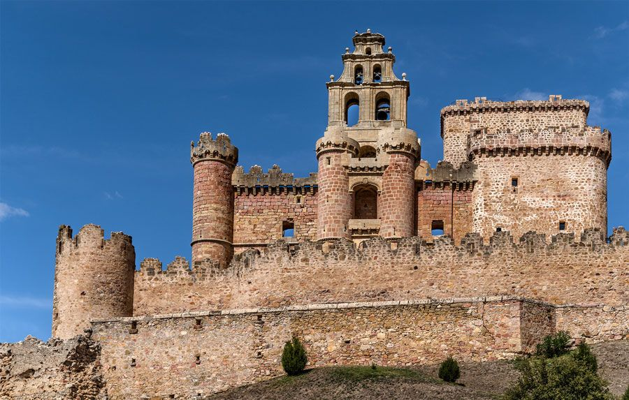 castillo de turegano en segovia