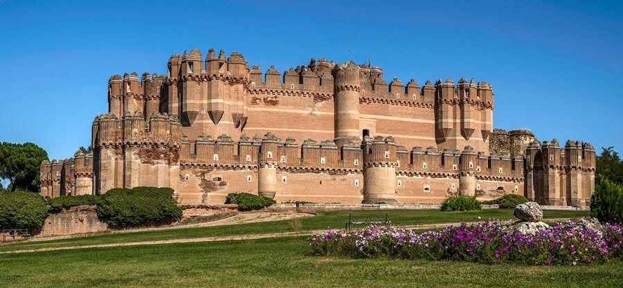 castillo de coca lugares imprescindibles que ver en Segovia