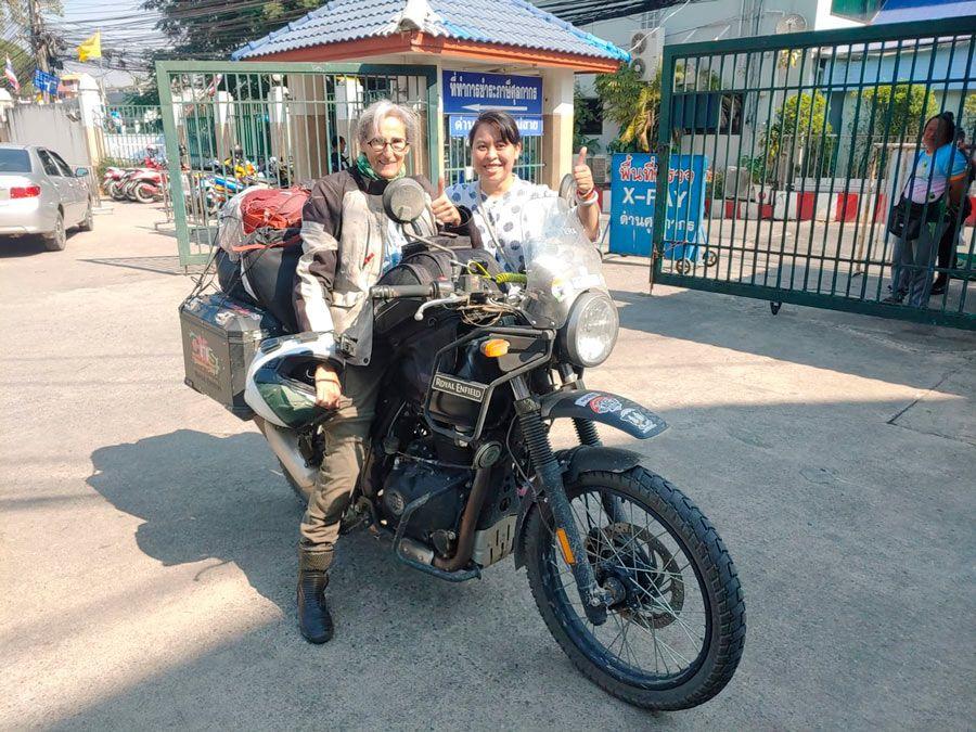 Marta Insausti viajera en moto