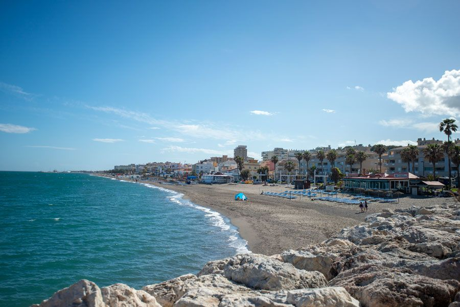 playa carihuela torremolinos