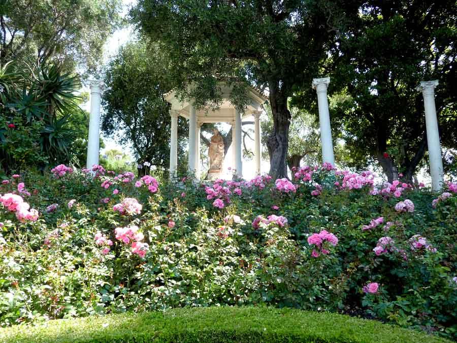 Rosaleda del Jardín de Villa Ephrussi.