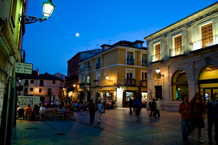 plaza de san martin leon
