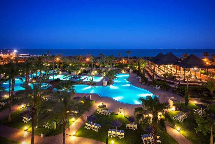 noche Puerto Antilla Grand Hotel