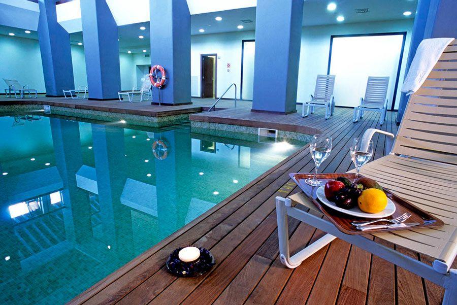 piscina interior Puerto Antilla Grand Hotel