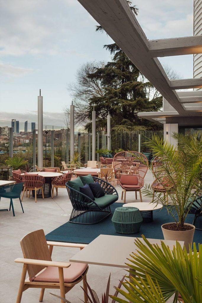 terraza novotel las ventas