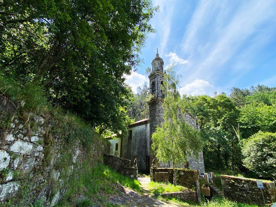 iglesia monasterio de San Xusto de Toxosoutos