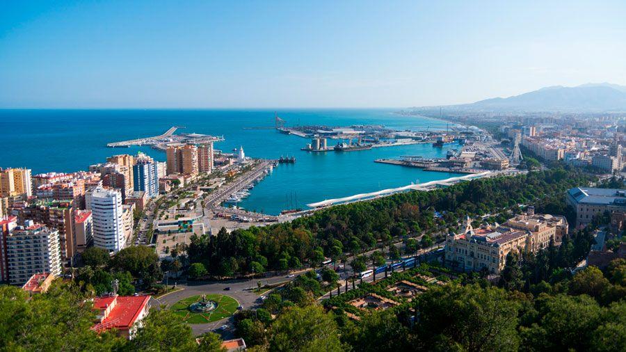 Vistas de Málaga desde el castillo de Gibralfaro.