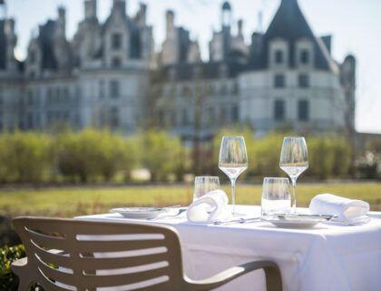 Terraza del restaurante Le Grand Saint Michel.