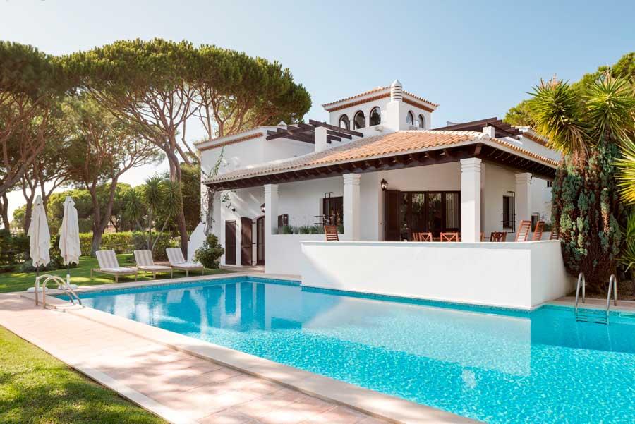 Villa del Pine Cliffs Resort.