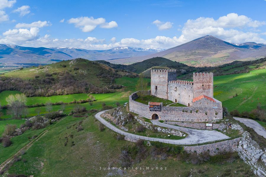 Castillo de Argüeso, en Valdeolea.