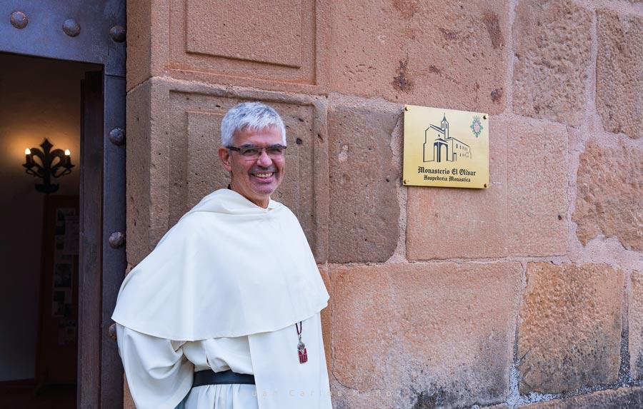 fraile Monasterio El Olivar ruta en coche por teruel